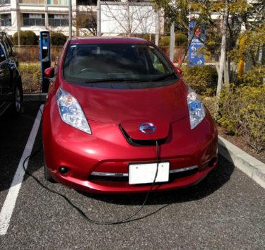 電気自動車の自宅充電環境、発電システムとの相性は?
